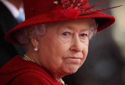 queen-shaken