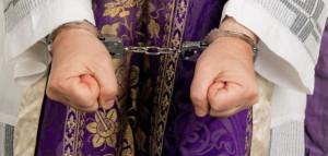 handcuffs-priest-702x336