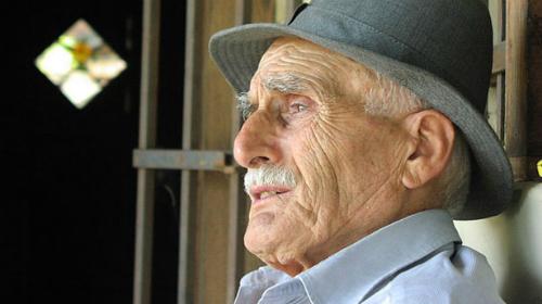 Old-man-bird-watcher-Sized